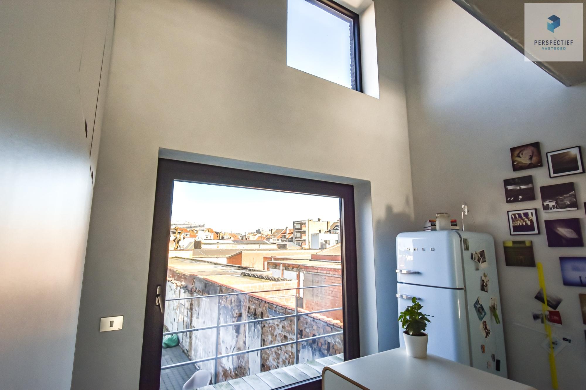 Ruime moderne architectenwoning en kantoor (bj 2018) met 3 verdiepingen, spectaculair dakterras en tuin - 8
