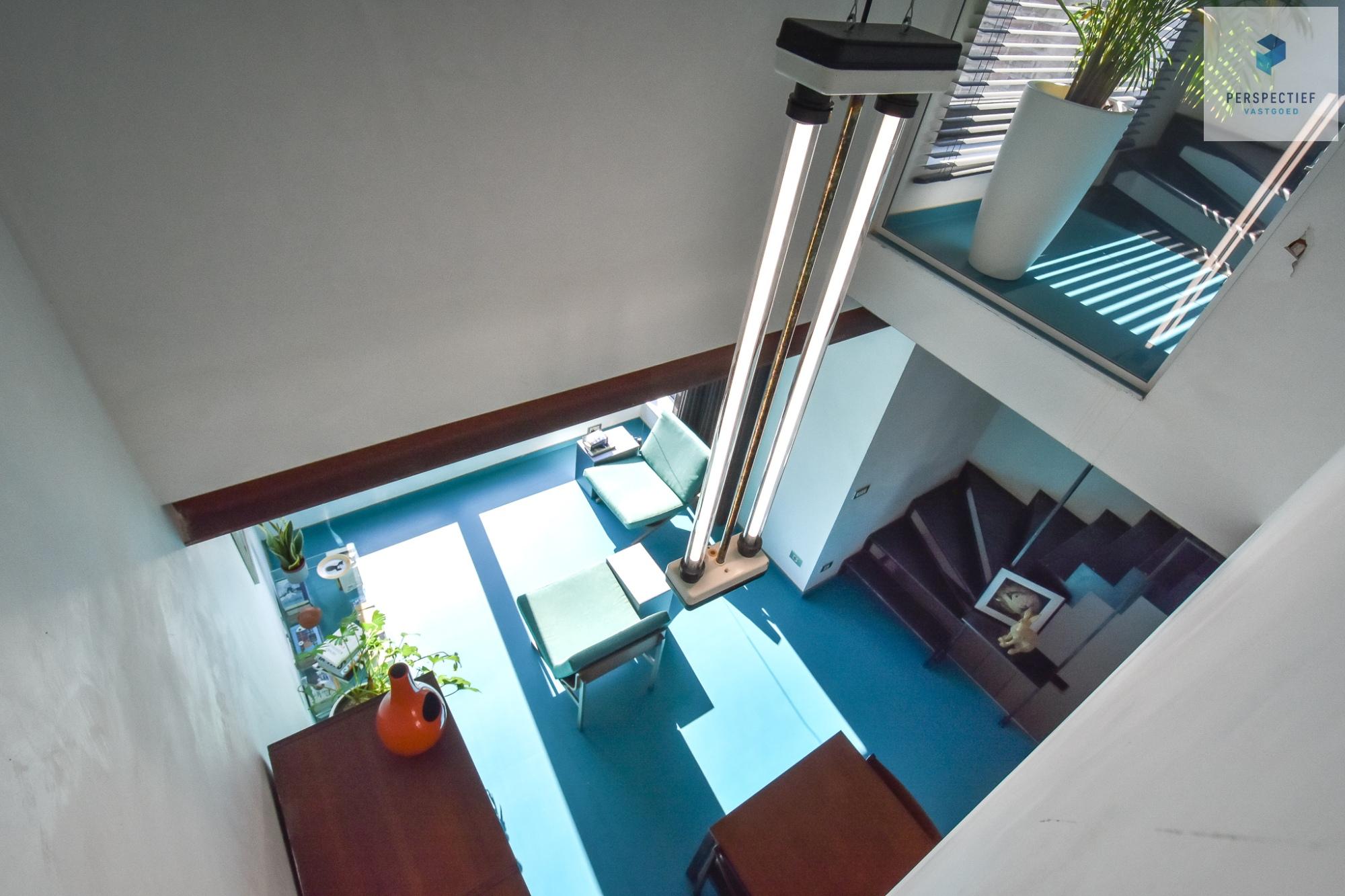 Ruime moderne architectenwoning en kantoor (bj 2018) met 3 verdiepingen, spectaculair dakterras en tuin - 17