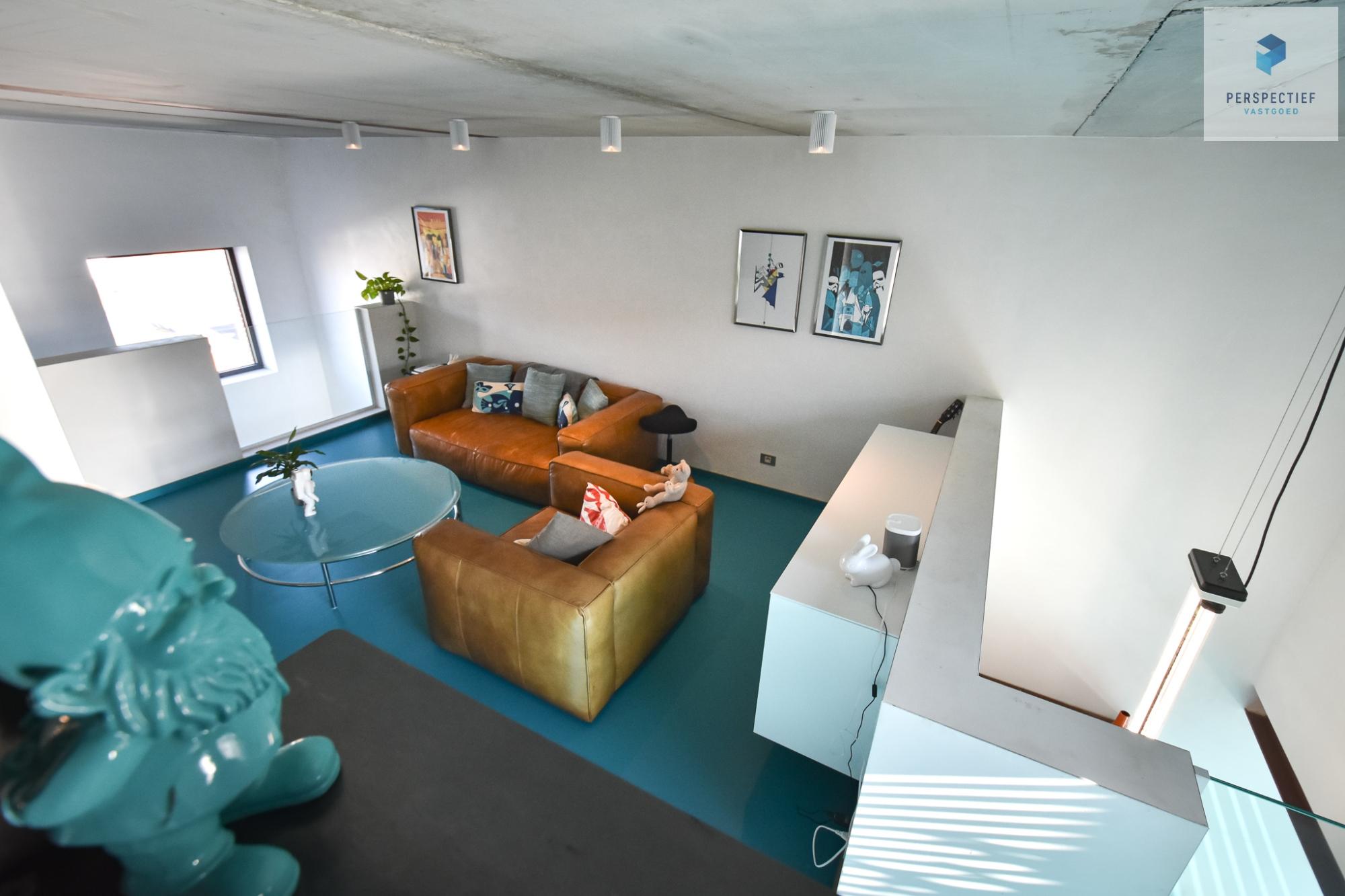 Ruime moderne architectenwoning en kantoor (bj 2018) met 3 verdiepingen, spectaculair dakterras en tuin - 15