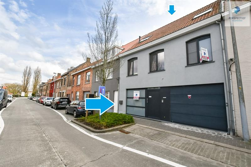 IN OPTIE - Recent vernieuwde energiezuinige woning met 4 slpks, garage en diepe tuin