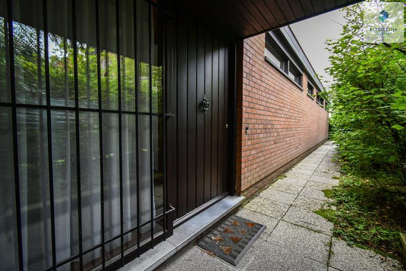 | IN OPTIE | Vrijstaandearchitecturale woningop eentoplocatie, ideaal voor een zelfstandigepraktijk! - 20