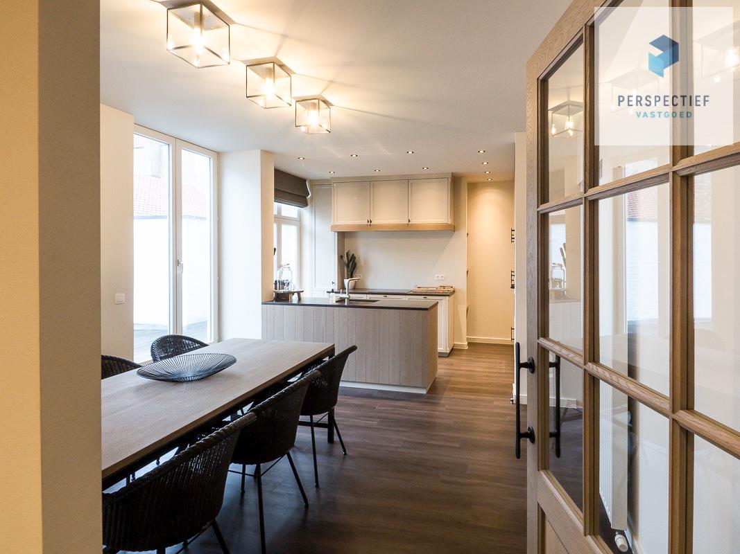 Lichtrijk gemeubeld duplex-appartement in centrum Brugge - 1
