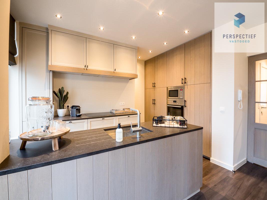 Lichtrijk gemeubeld duplex-appartement in centrum Brugge - 3